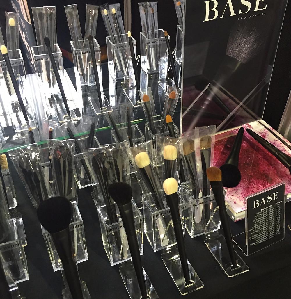 BASE Pro Artists Makeup Brushes