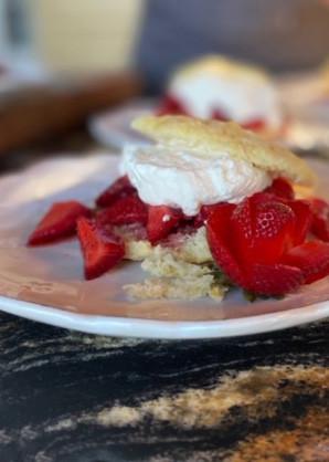country style strawberry shortcake