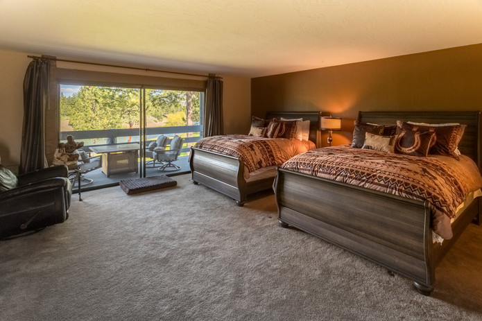 Bedroom_PoppySuite.jpg