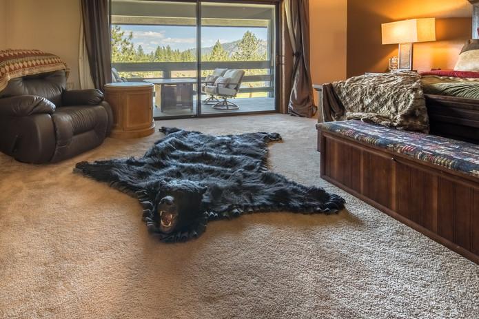Bedroom_YellowstoneSuite.jpg