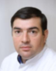 Арташес Саргсян - врач-имплантолог, челустно-лицевой хирург  - Клиника Доктора Ландес на юго-западе Москвы