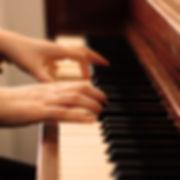 classes-piano.jpg