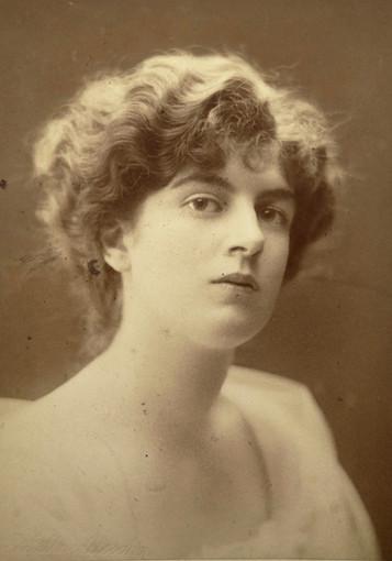 """""""L'onda lunga del Titanic"""", romanzo di Tiziana Viganò con slideshow di foto storiche"""