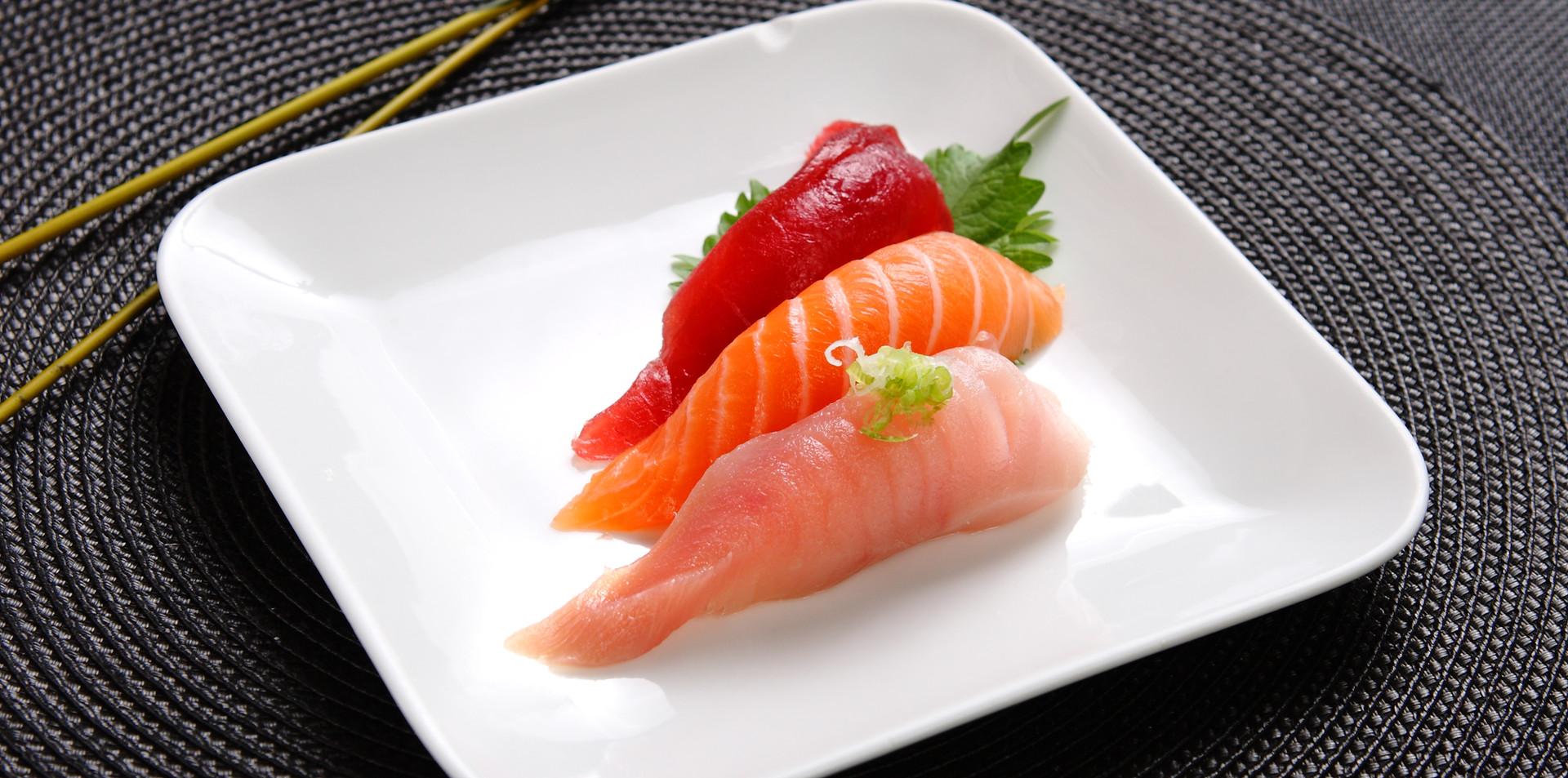 C15 mixed sushi.jpg