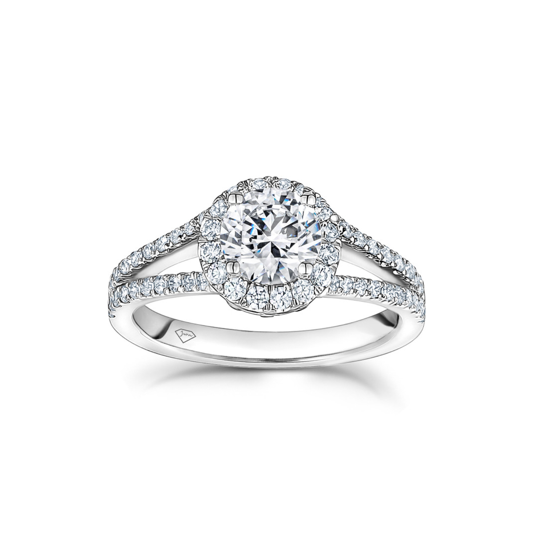 Amanda Round Diamond Split Shank Halo En