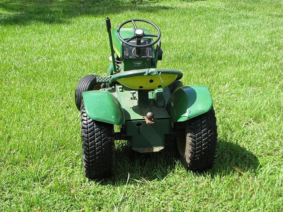 Vintage Lawn And Garden Tractors : Deeretrax vintage john deere lawn and garden tractors