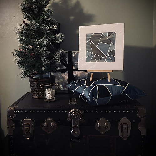 CHRISTMAS GIFT SET - GEOMETRIC CUSHION COVER + PRINT