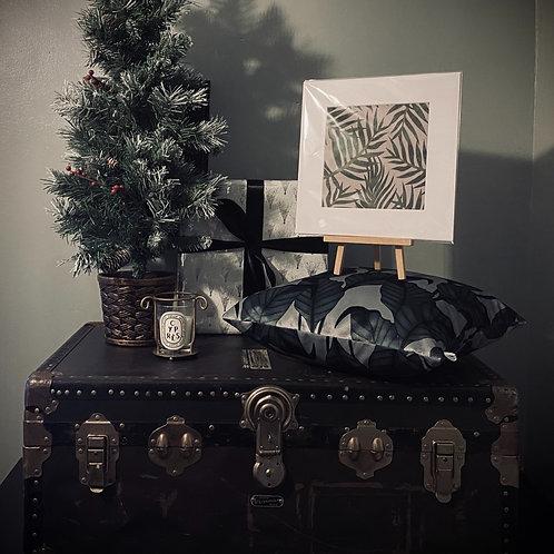 CHRISTMAS GIFT SET - JUNGLE LEAD CUSHION COVER + PRINT