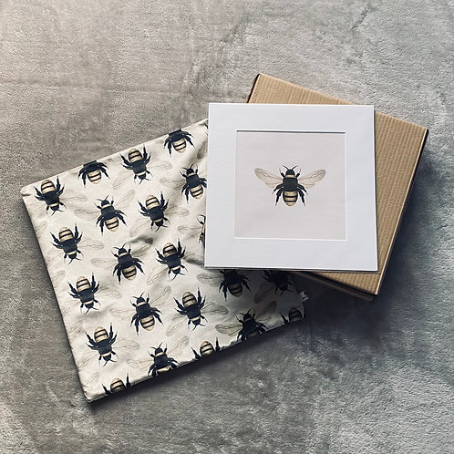 CHRISTMAS GIFT SET - BUMBLE BEE CUSHION COVER + PRINT