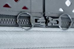 4pets-penthouse_zipper