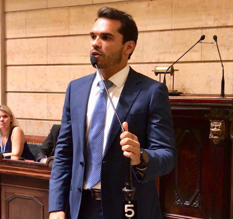 Thiago K. Ribeiro Plano Municipal de Educação