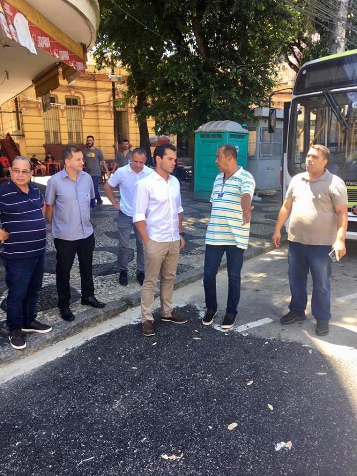 Junto a equipe da administração regional e alguns moradores, percorri várias ruas do bairro