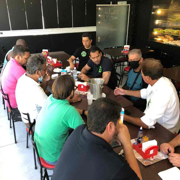 Vereador Thiago K. Ribeiro se reúne com lideranças do Sinperj e da Asquibarra