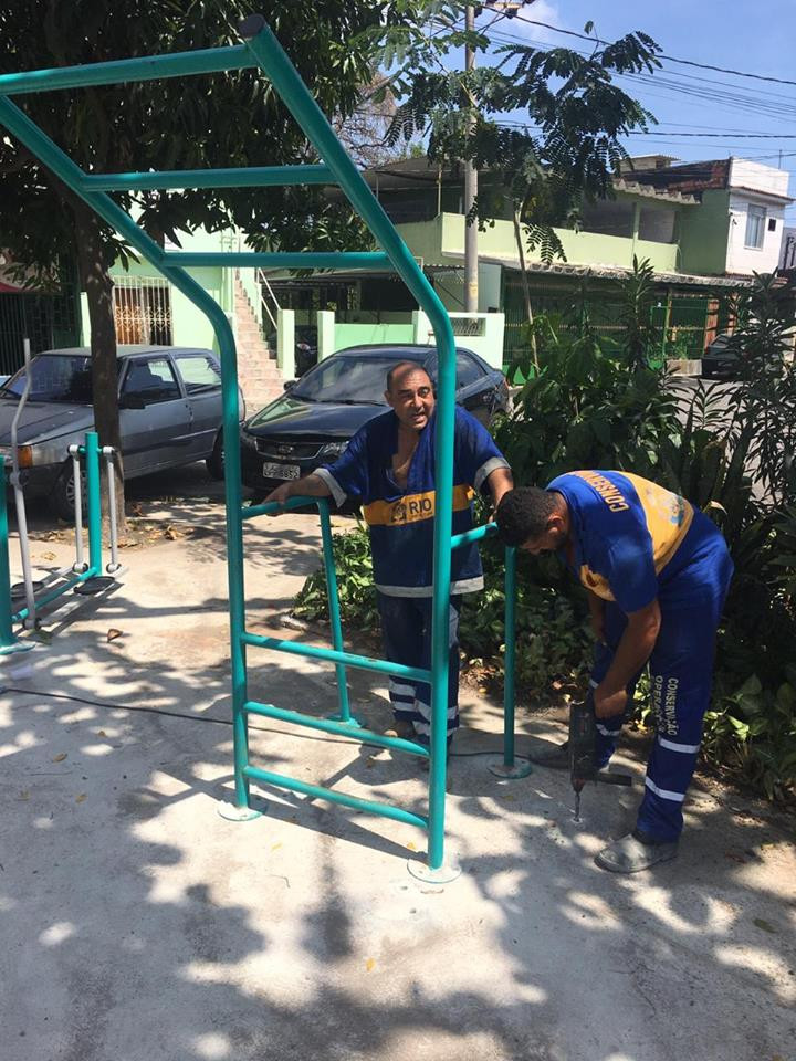 Instalação dos equipamentos da ATI (Academia da Terceira Idade) no bairro do Jardim América