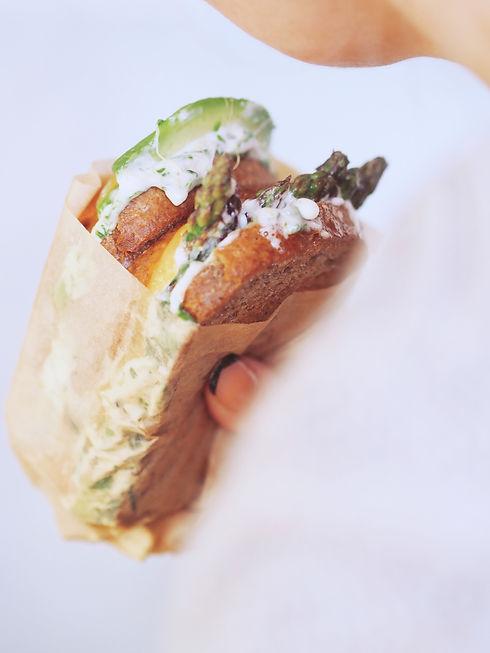 Ostesmørbrød med chiabrød.jpg