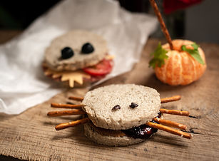 Halloween lunsj chiabrød.jpg
