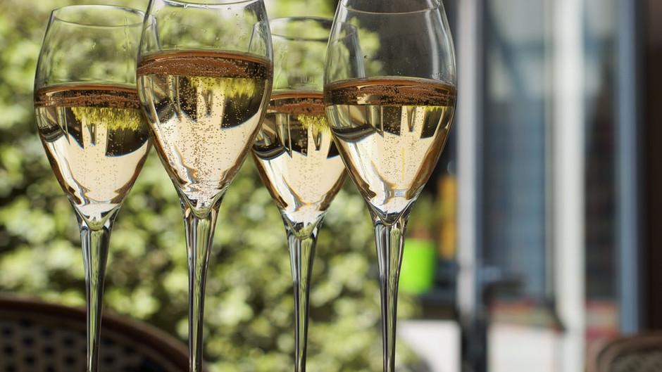 4 champagnes de vignerons, de fêtes et d'émotions