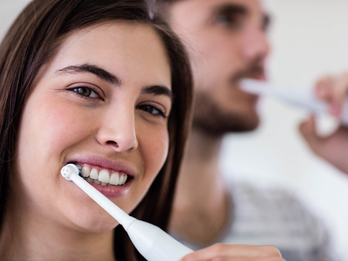 Should You Floss Before or After Brushing? Learn With Family & General Dentist in Vancouver, WA