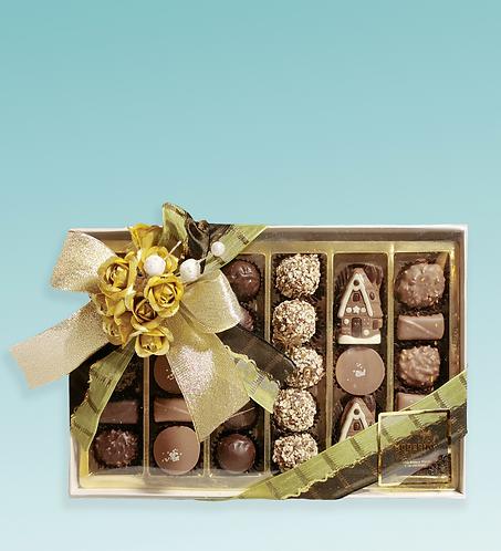 Scatola regalo con cioccolatini assortiti