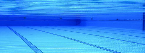 swimming-pool-504780_1920.jpg