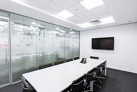 meeting-room-730679_1920.jpg
