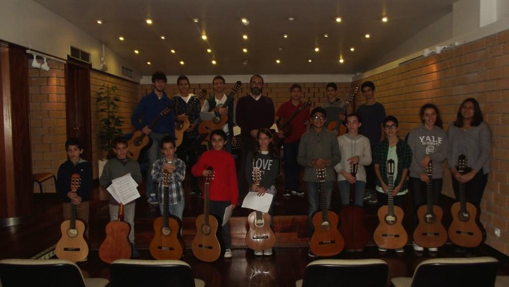 As guitarras do professor Miguel Vieira da Silva