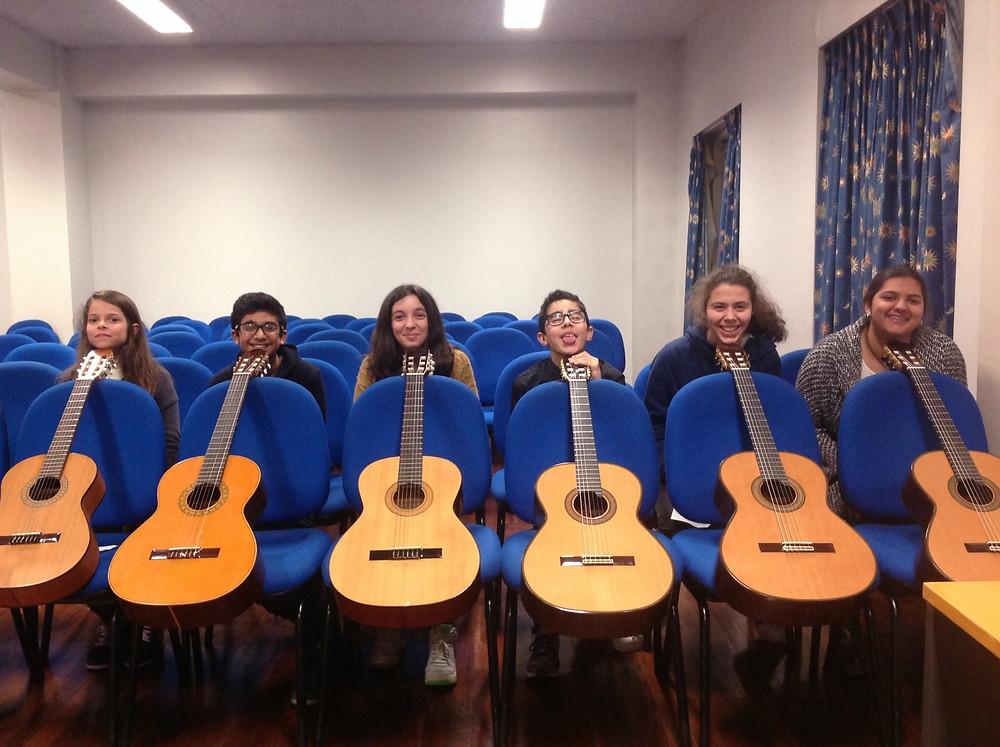 Somos guitarra da cabeça aos pés!