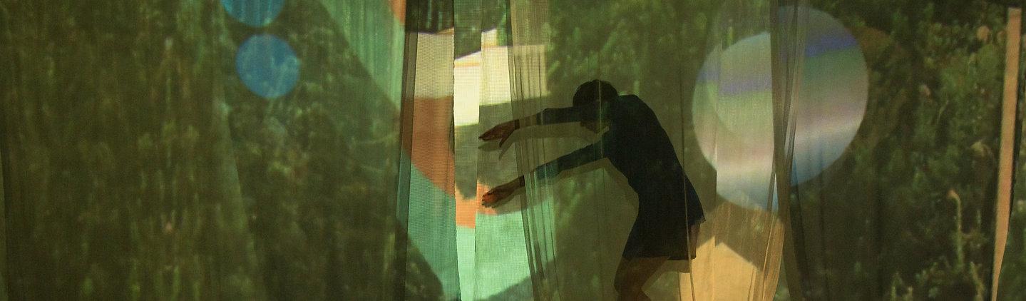 Laura+Carvalho+Production+design+1.jpg