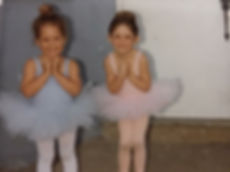 Young dancer Celinda (in pink)