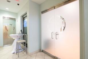 THE akoya room doors