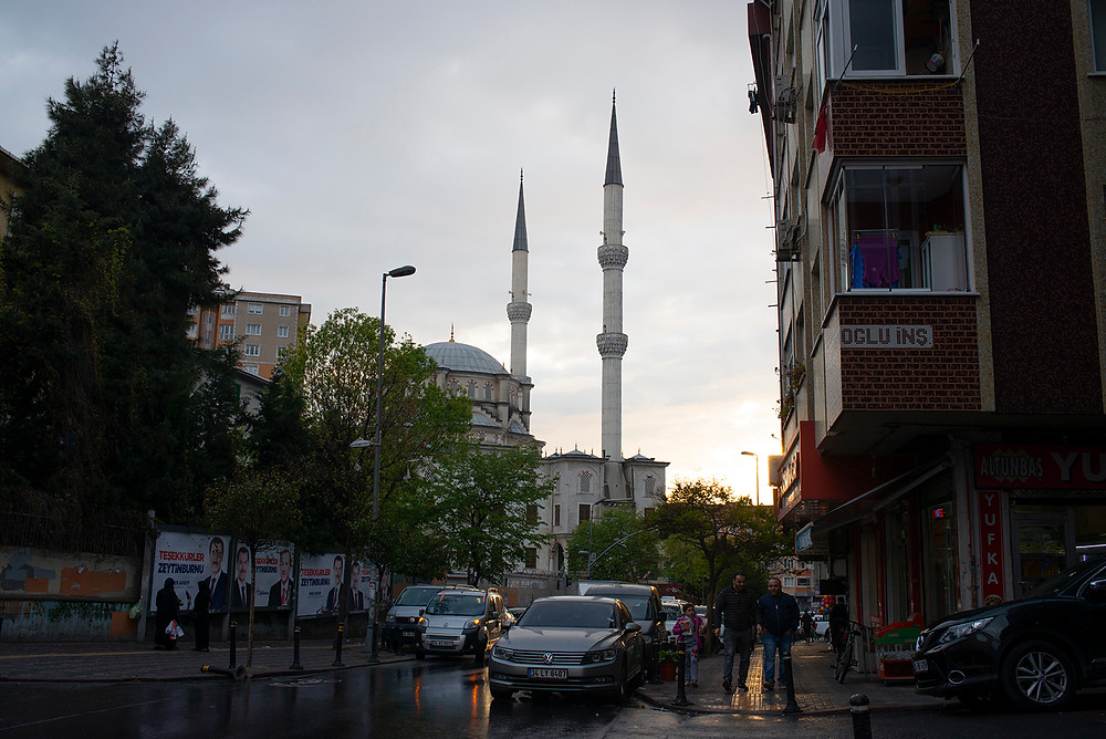 A mosque popular with many Uighurs in Istanbul is seen in the Zeytinburnu neighborhood in April. [Roxi Pop for Foreign Policy]