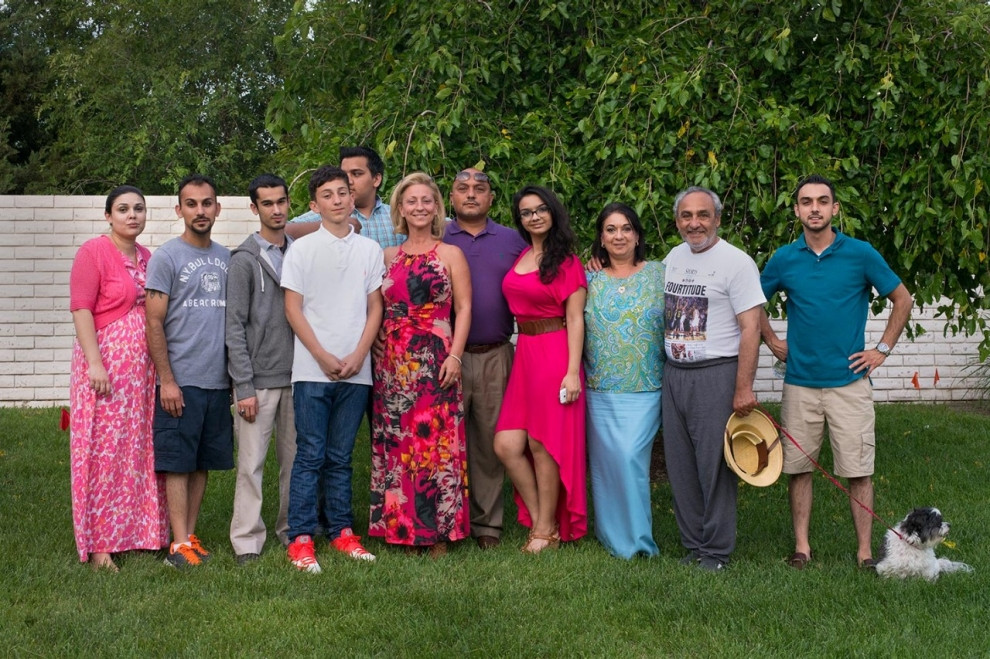 The extended Marks family poses for a family portrait. Roxana Pop for Al Jazeera America