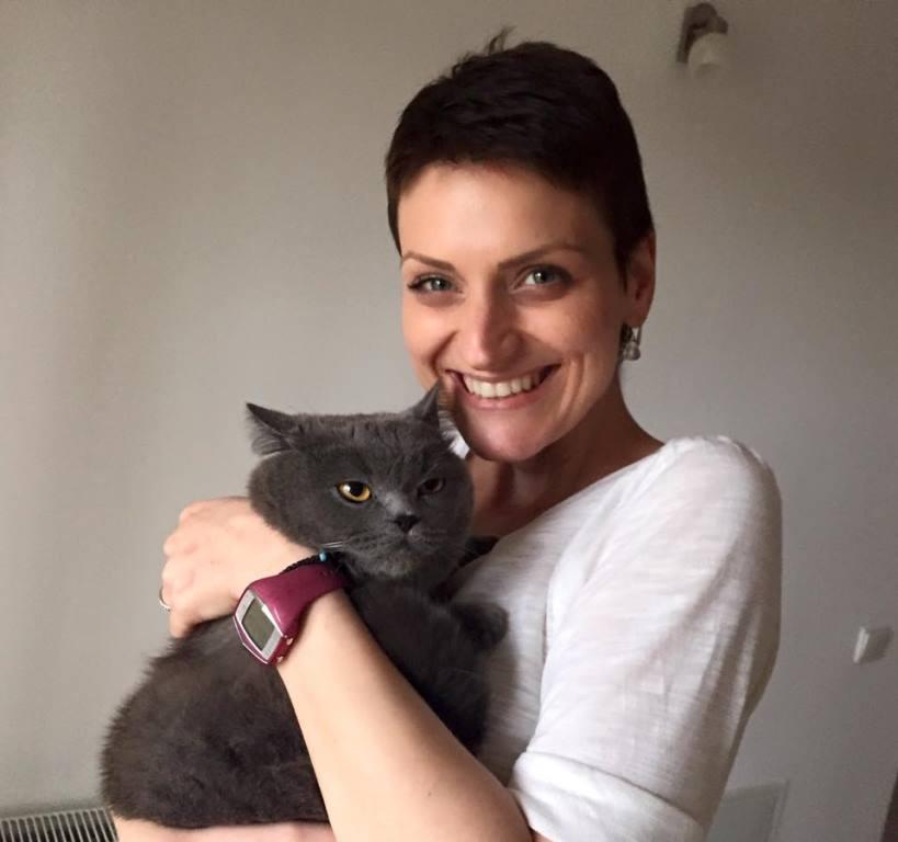 Raluca Pietroiu and her cat, Mauriss [Photo Courtesy of Bogdan Pietroiu]