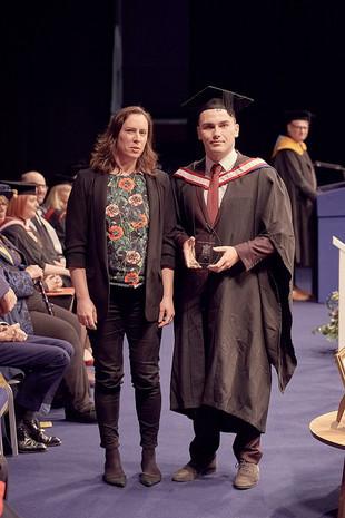 Sarah Jones-Morris present the LISW student portfolio award