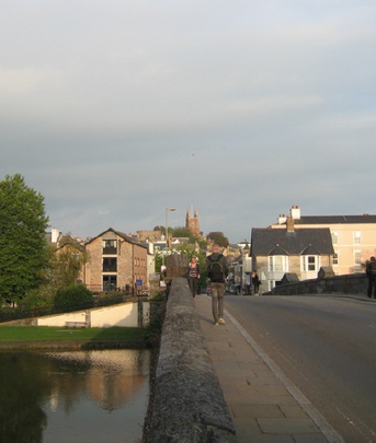 Totnes Bridge Narrow Pavement