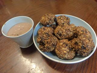 HENCH Kitchen: Peanut Butter Oat Cookies