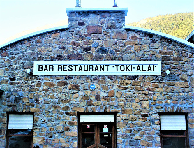 BASQUE COUNTRYSIDE - BAR RESTAURANT TOKI-ALAI
