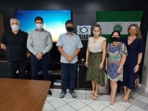 Presidente Eliana Reiter Estefano visita ACIC para troca de boas práticas associativistas