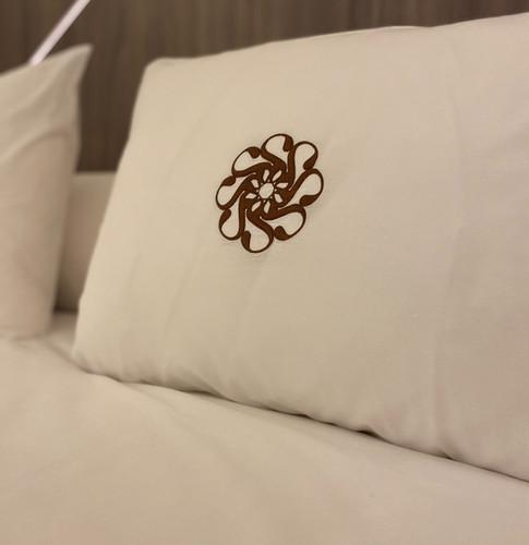 cama hotel ansares.jpg