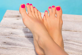 foot loose pedicure.jpg