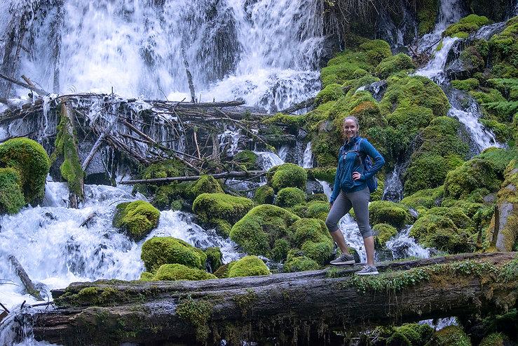 2018-Oregon-best-waterfalls-ClearwaterFa