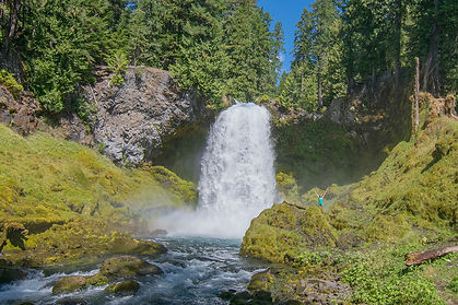 2018-oregon-best-waterfalls-SahalieFalls