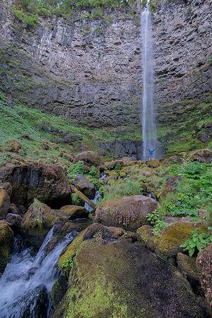 2018-Oregon-Best-Waterfalls-WatsonFalls-