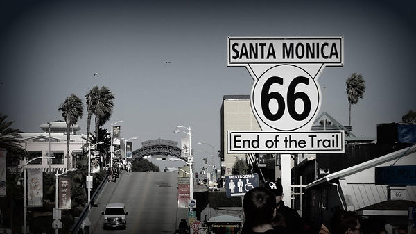 California-SantaMonicaPier-RoadTrip.jpg