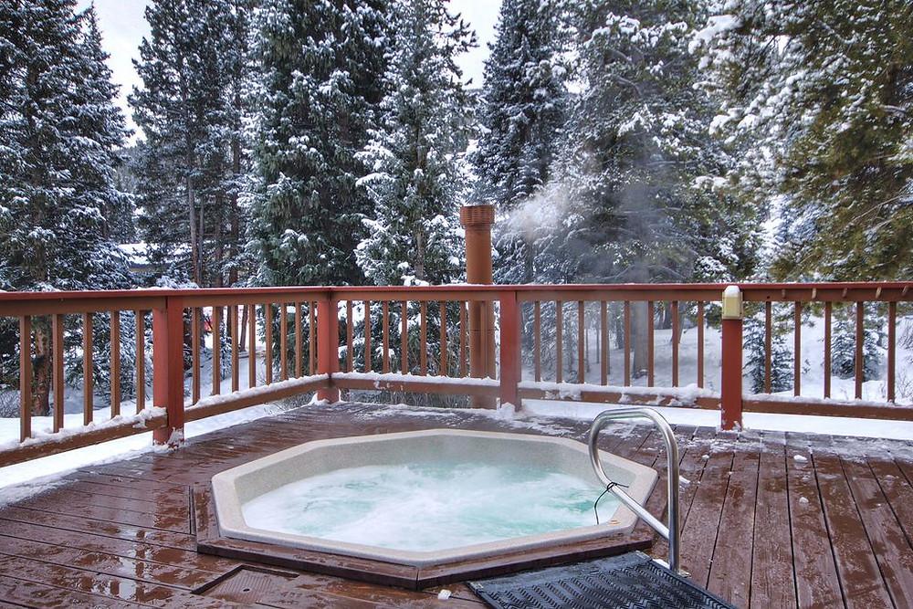 lodge at copper hot tub