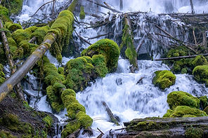 Best Waterfalls of Central Oregon
