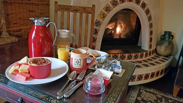 2020-California-TheCasitas-breakfast.jpg