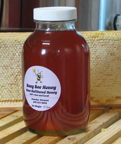 Five pounds of late season honey