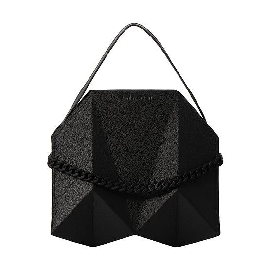 bako in nero leather (black edition)