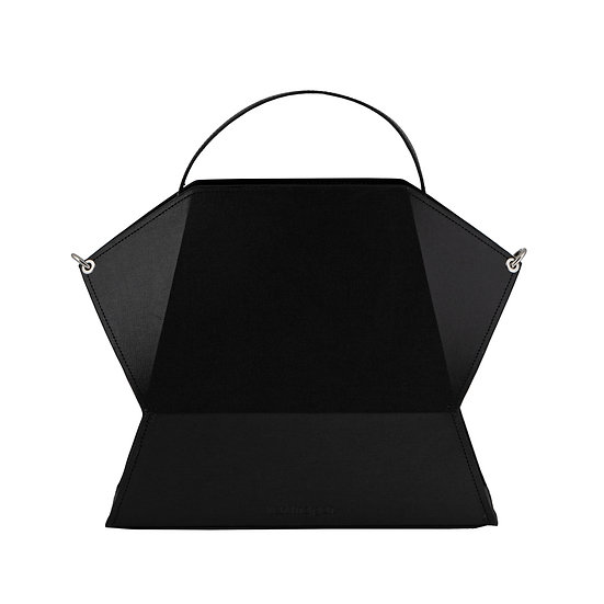 timo in vegan black cloth